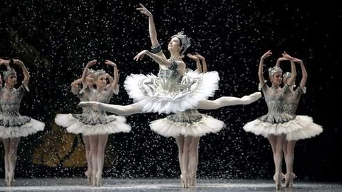 Que retient-on alors de cette immersion? Des images inoubliables, tant Wiseman possède l'art difficile de filmer la danse. (Sophie Dulac Distribution)