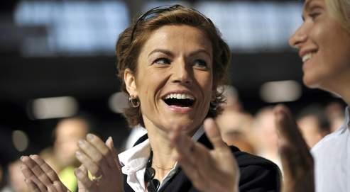 Chantal Jouanno et Valérie Pécresseen septembre,lors du premier meeting de campagne de l'UMPpour les régionales.