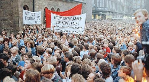 Le 23 octobre 1989, plus de 300 000 personnes manifestaient dans la ville de Saxe.