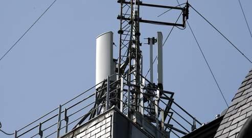 Antennes-relais, portables: le rapport qui rassure