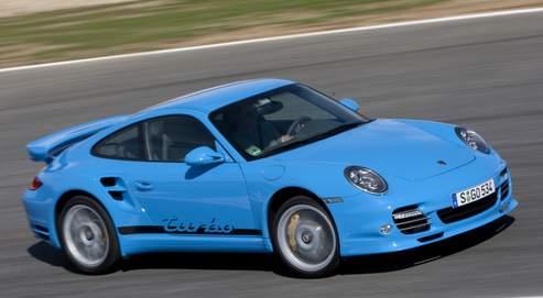 Au volant de l'époustouflante Porsche 911 Turbo