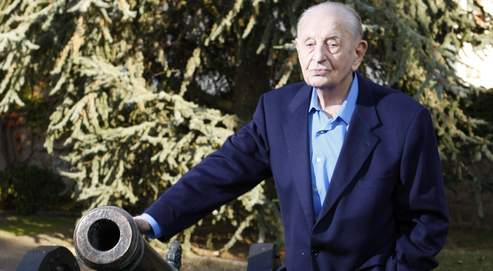 Bigeard, l'éternel combattant: A 93 ans, le héros des guerres d'Indochine et d'Algérie, général le plus décoré de France, parachuté sur Diên Biên Phu 97eb71de-c923-11de-85df-0f9542c4fd70