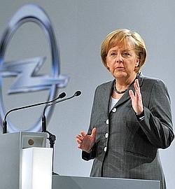 Angela Merkel avait milité pour un rachat d'Opel par Magna, censé davantage protéger les emplois.