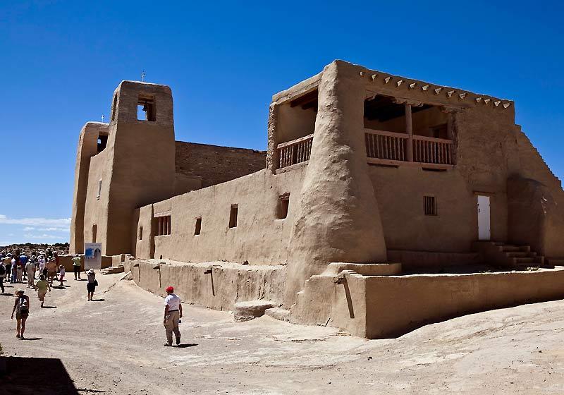 Acoma Pueblo est un village «préparé pour eux», estiment les Indiens. Ils l'ont toujours défendu contre les conquistadors.