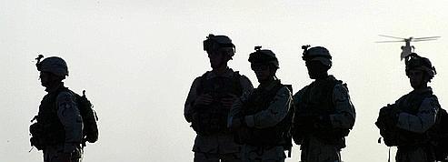 Renforts en Afghanistan : les USA font pression sur Karzaï<br/>