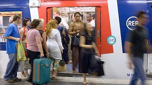 Les Français consacrent une heure chaque jour aux transports professionnels et personnels.