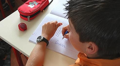 Les troubles de l'apprentissage toucheraient 10 à 12% des enfants scolarisés, surtout des garçons. Le travail des orthophonistes consiste à soulager les angoisses de ces élèves.