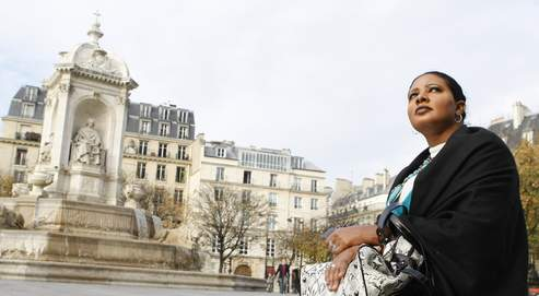 Lubna Ahmad al-Hussein Hussein place Saint-Sulpice, à Paris, samedi dernier.
