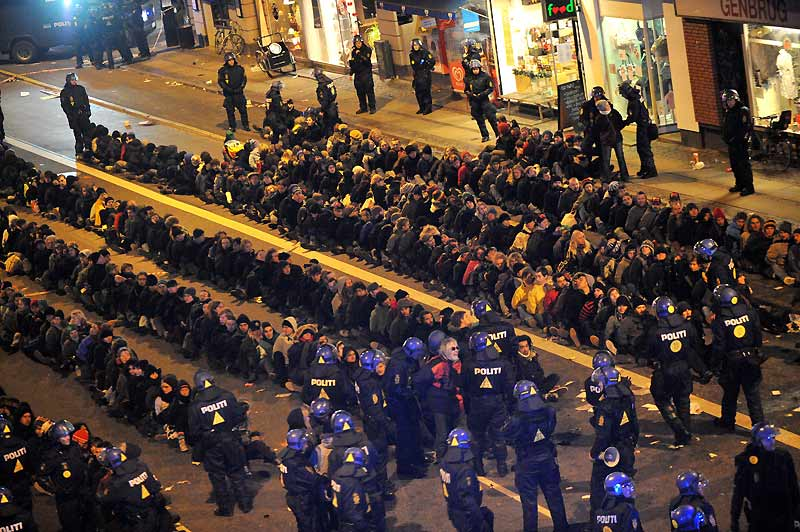 Justice climatique. À l'appel de 500 organisations de 67 pays, des dizaines de milliers de personnes se sont retrouvées à Copenhague, samedi 12 décembre, pour réclamer un accord ambitieux et contraignant sur la lutte contre le réchauffement climatique. La police a procédé à plusieurs centaines d'interpellations.