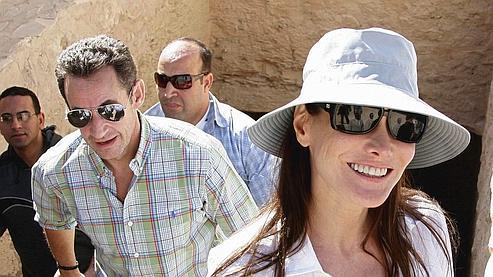 Quinze jours après l'annonce de leur relation, Nicolas Sarkozy et Carla Bruni se rendaient en Egypte pour passer le réveillon.