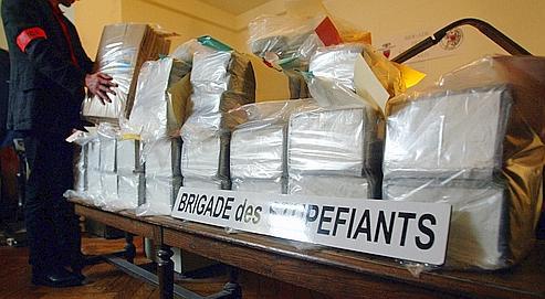 En un mois, 89,3kg de cocaïne, 4,4kgd'héroïne, 48,3kg de résine de cannabis, d'herbe ou de Subutex ont été saisis dans l'agglomération parisienne.
