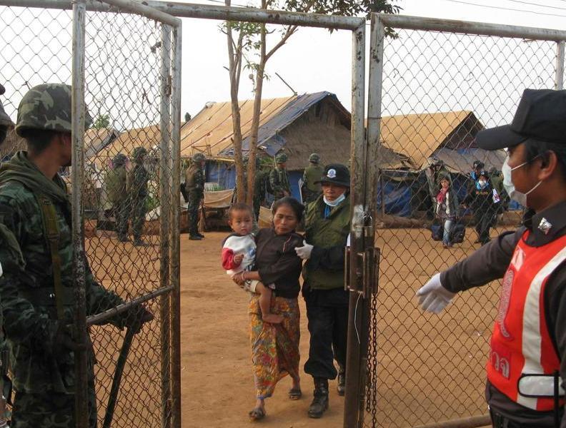 Le Haut commissaire de l'ONU pour les réfugiés, Antonio Guterres, a exprimé sa «profonde consternation» face à ces «retours forcés». La France a également demandé à la Thaïlande de «surseoir au rapatriement» de ces réfugiés Hmongs.