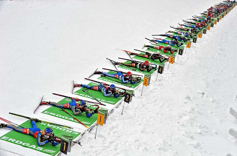 Biathlon à Oberhof. Trente sportifs ont participé, dimanche 10 janvier, en Allemagne, à l'épreuve de tir comptant pour la Coupe du monde de biathlon.