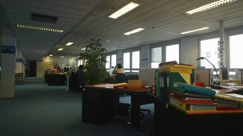 On s'absente plus de son lieu de travail lorsqu'on travaille dans une PME et que l'on est installé dans le Sud de la France.