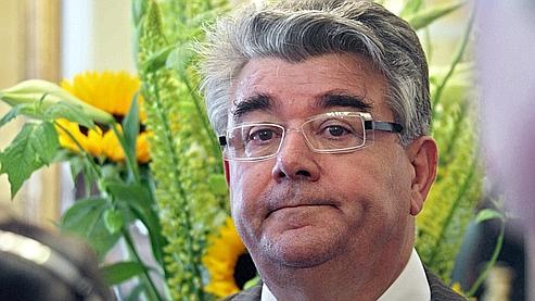 André Gerin, député maire communiste de Vénissieux.