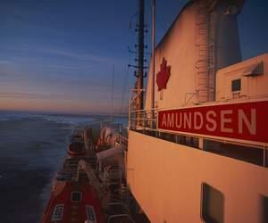 L'«Amundsen» est utilisé la moitié de l'année par des scientifiques qui étudient l'évolution des glaces, la physique et la chimie des eaux, la bathymétrie (mesure des profondeurs), la géologie, la biologie et les échanges atmosphère-océan. (Philippe Bourseiller/JH Editorial)