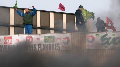Total : les salariés mobilisés pour la raffinerie des Flandres