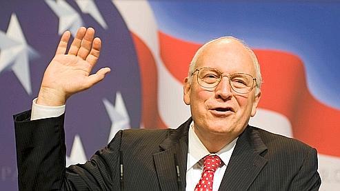 Jeudi, Dick Cheney a fait une apparition surprise à une conférence de responsables conservateurs. S'il a annoncé qu'il ne serait pas candidat à la Maison-Blanche en 2012, il a prédit que «2010 serait une grande année pour les républicains».