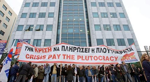La Grèce plonge dans la grève générale