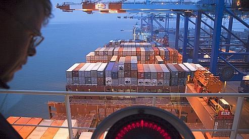 Les transporteurs maritimes réduisent l'allure