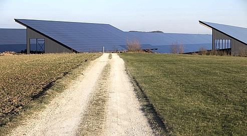 Les «fermes solaires» grignotent la surface agricole