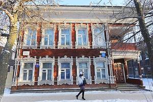 L'Histoire affleure partout à Vologda : les vestiges de l'URSS n'ont pas été effacés et les réminiscences de l'époque tsariste sont au moins aussi nombreuses, comme cette superbe demeure. (Thomas Goisque/Le Figaro Magazine)