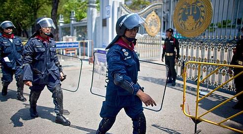Thaïlande: les chemises rouges prêtes à en découdre encore