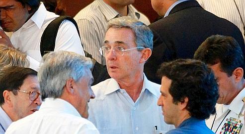 L'avenir présidentiel d'Uribe en suspens