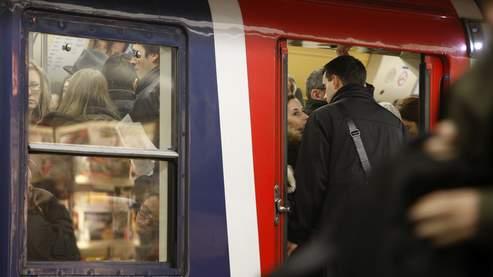 Les Franciliens souffrent de leurs transports en commun