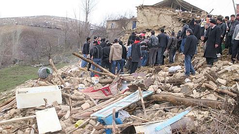 Violent séisme dans l'est de la Turquie
