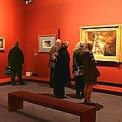 Les Français courent les expositions