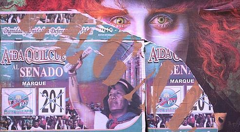 L'affiche d'une candidate au Sénat, à Bogota. Crédits photo : AP