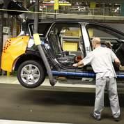 Auto : PSA et Renault à l'honneur