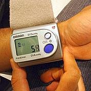 Hypertension : prise en charge plus stricte