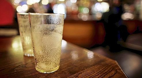 On a l'habitude d'évoquer un risque pour la santé au-delà de trois verres standards par jour en moyenne.