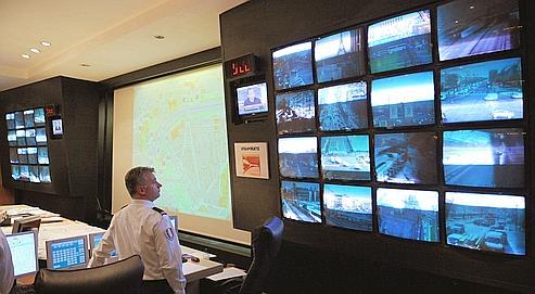 La vidéosurveillance contre les voitures mal garées
