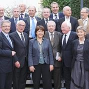 Aubry s'entoure des présidents de région