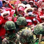 Thaïlande : l'armée plie devant les manifestants