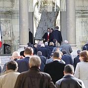 Face aux députés UMP, Sarkozy «ne cède rien»