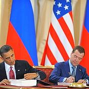 Obama et Medvedev signent le nouvel traité Start