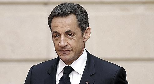Sarkozy prend le temps de câliner les députés UMP