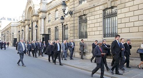 Convoqués vendredi par Xavier Bertrand au siège du parti pour un séminaire sur les régionales, les responsables de l'UMP se sont finalement rendus à l'Élysée.