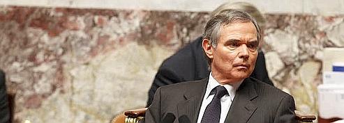 Accoyer accuse Copé de semer «la confusion»