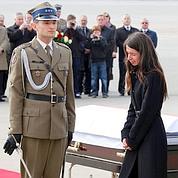 La tragédie rassemble les Polonais