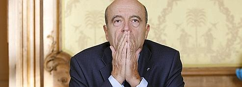 Pour l'Élysée, l'offensive de Juppé gêne d'abord Villepin