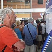 Réouverture partielle des aéroports français mardi