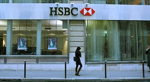 HSBC recrute dans les amphis des facultés