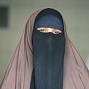 Le port de la burqa sera totalement interdit