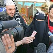 Polygamie : Fillon veut calmer le jeu