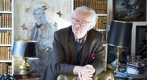 En dépit de ses fonctions de diplomate, Pierre-Jean Remy est parvenu à écrire un à deux livres par an.